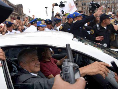 López Obrador a su salida de Palacio Nacional.