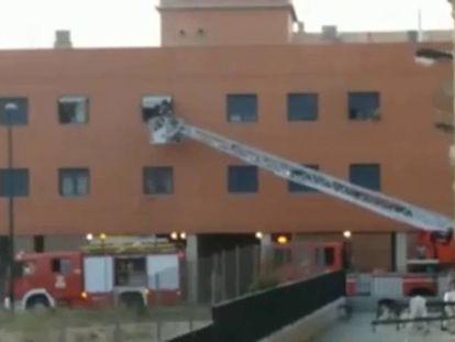 Muere un niño de 9 años en el incendio en su casa en Zaragoza