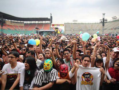 El público que asistió a la última edición del Festival Vive Latino, que se celebra en México DF desde hace 15 años.