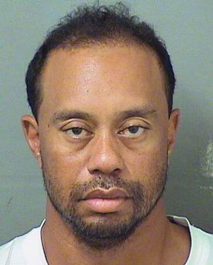 Toger Woods, en la foto de su ficha policial.