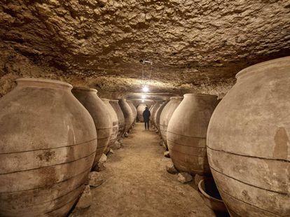 Didáctico e interactivo, el Museo del Vino Valdepeñas permite adentrarse en el corazón de la cultura vinícola.