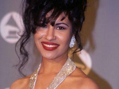 Un día como hoy hace 25 años moría Selana Quintanilla, la cantante que pasó de ídolo juvenil latino a icono y mártir de toda una comunidad. Películas, series, libros y documentales rinden tributo desde entonces a una leyenda que no muere