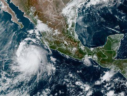 Imagen satelital de la tormenta tropical Pamela.