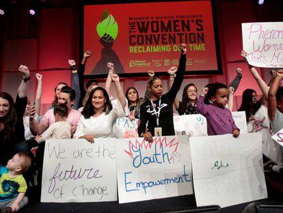 Convención de mujeres en el Cobo Center de Detroit.