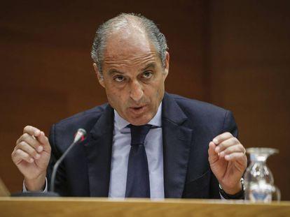 El expresidente Francisco Camps durante su intervención en las Cortes Valencianas.