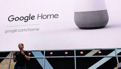 Mario Queiroz, durante la presentación de Google Home.