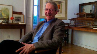 El hispanista Nigel Dennis, en casa del pintor Ramón Gaya en 2012.