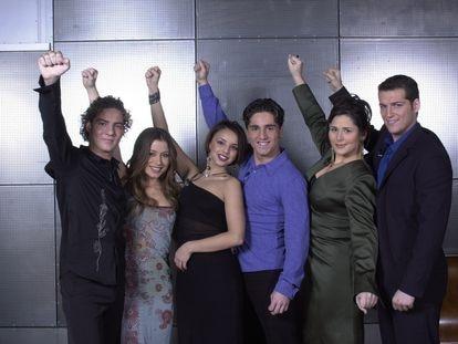 Los finalistas de la primera edición de 'OT': desde la izquierda, David Bisbal, Verónica, Chenoa, David Bustamante, Rosa y Manu Tenorio.
