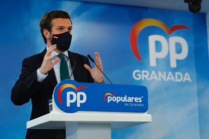 El presidente del PP, Pablo Casado, interviene en Granada, el pasado 9 de abril.