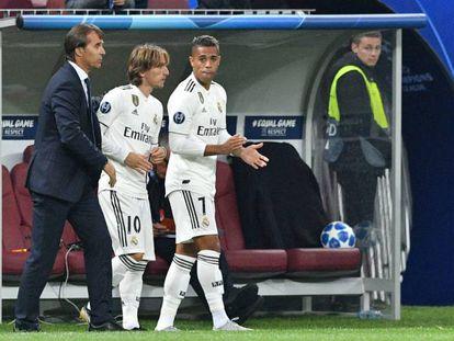 Lopetegui prepara a Modric y Mariano para remontar en Moscú.