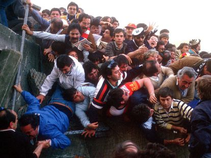 Avalancha de seguidores en el estado de Heysel, el 29 de mayo de 1985. IMAGO