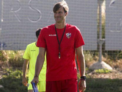 Leon Franco, en un entrenamiento del Huesca.