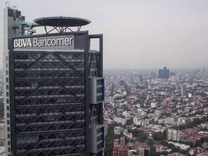 Panorámica de la sede central de BBVA en la Ciudad de México.