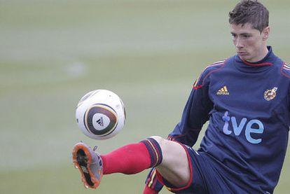 Fernando Torres, ejercitándose ayer.