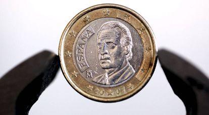 Un moneda de un euro acuñada en España.