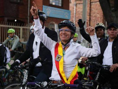 Claudia López tras su posesión como alcaldesa de Bogotá.