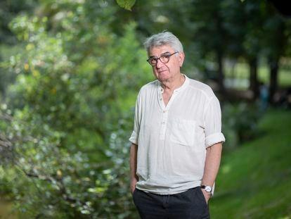 Bernardo Fuster, en el parque del Retiro.