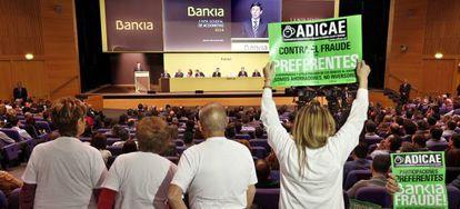 Junta de accionistas de Bankia en 2014.