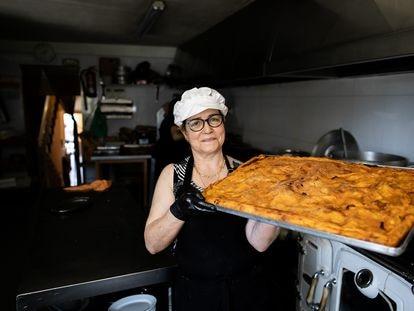 Nina Quintáns, dueña del Restaurante O Pincho, en Pereiriña (Cee).