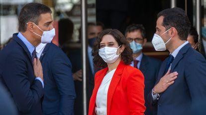 Sánchez, Ayuso y Aguado, al termino de la reunión el pasado 21 de septiembre.