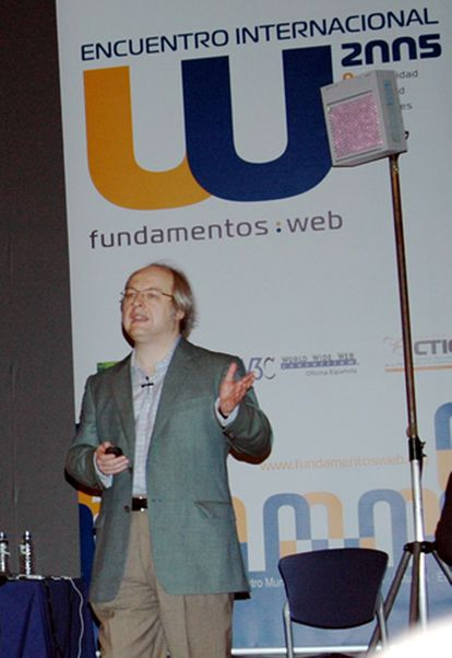 El codirector de NNGroup realizó en Gijón una presentación en la que mostró las grabaciones realizadas durante las pruebas realizadas a páginas <i>web</i> no usables.