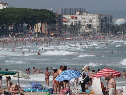 La playa de La Pineda, en Vila-seca, en una imagen de archivo.