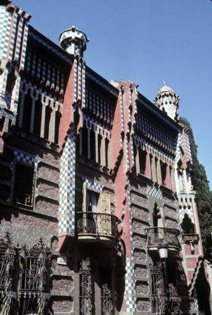 La fachada de la Casa Vicens, en el barrio de Gràcia.