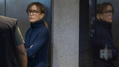 La actriz Felicity Huffman dentro de los juzgados de Los Ángeles el pasado martes.