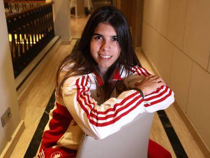 Alba Redondo, en el hotel de concentración, después de la entrevista.