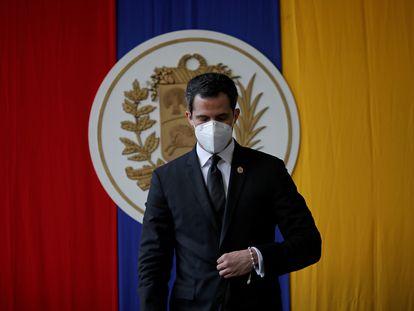 Juan Guaidó asiste a una sesión de la Asamblea Nacional de Venezuela en un parque público de Caracas, Venezuela, el pasado 15 de diciembre.