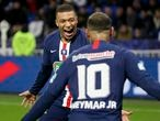 Kylian Mbappe of PSG celebrates his 3rd goal with Neymar Jr of PSG during the French cup, semi final football match between Olympique Lyonnais and Paris Saint-Germain on March 4, 2020 at Groupama stadium in Decines-Charpieu near Lyon, France - Photo Juan Soliz / DPPI   05/03/2020 ONLY FOR USE IN SPAIN