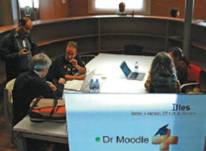 Reunión de practicantes de Moodle.