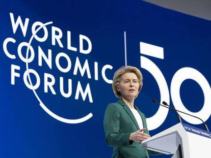 La presidenta de la Comisión Europea, Ursula von der Leyen, hoy en el Foro Económico Mundial en Davos.