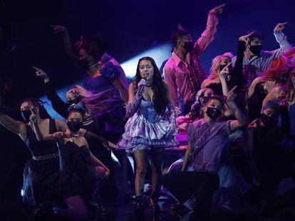 Olivia Rodrigo, durante su actuación en los MTV Video Music Awards, celebrados en Nueva York este domingo.