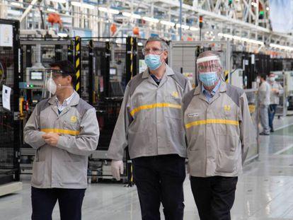 José Vicente de los Mozos, en una visita a la planta de motores de la Renault en Valladolid.