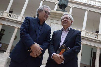 Joan Romero y Antonio Ariño, autores de 'La secesión de los ricos'.