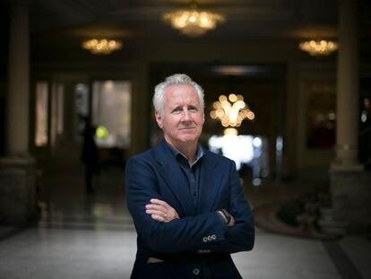 Lorenzo Milá posa en el Hotel Palace de Madrid, en octubre de 2021.