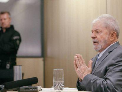 Lula, durante una entrevista en la cárcel de Curitiba.
