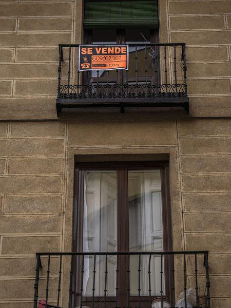 Piso en venta en un barrio de Madrid.