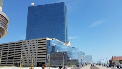 El casino Revel, que costó 2.000 millones de dólares, cerrará en septiembre.