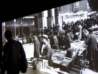 Imagen de la exposición sobre el Paralelo y su vida cultural y social.