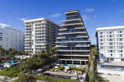 Apartamentos de lujo en primera línea de playa en Miami, Florida, en enero pasado.