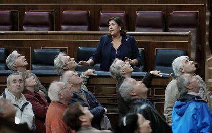 Leonor Sanz, de protocolo, con una visita en el Congreso.