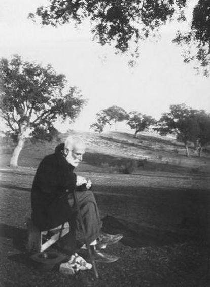 Francisco Giner de los Ríos, en El Pardo.