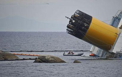 Labores de rescate en el 'Costa Concordia'.
