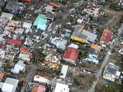 Destrozos en viviendas en la isla de San Martín, el 6 de septiembre.