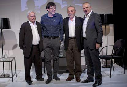 El periodista Juan Cruz, los actores José Luis Gómez e Israel Elejalde y el director de EL PAÍS, Antonio Caño.