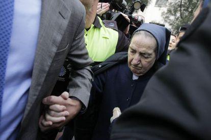 Sor María, a la salida del juzgado donde fue citada a declarar.