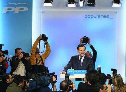 Mariano Rajoy, al comienzo de la conferencia de prensa tras la reunión de la ejecutiva del Partido Popular, en la sede de Génova.