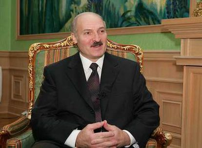 Alexandr Lukashenko, en su despacho